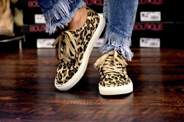 leopard sneaker