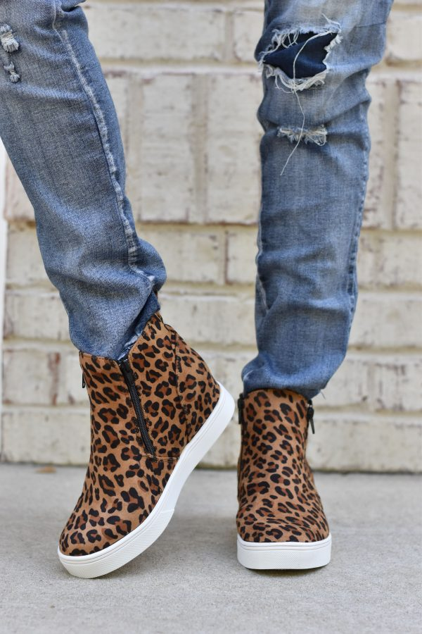 leopard hight top sneakers