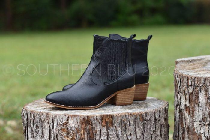 Corkys Starboard black booties
