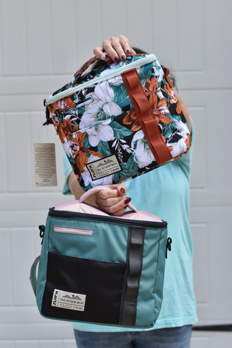 KAVU lunch bags totes coolers