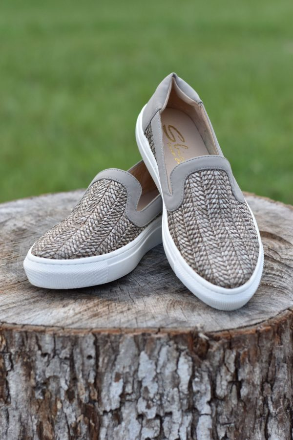 spicca rattan woven shoes