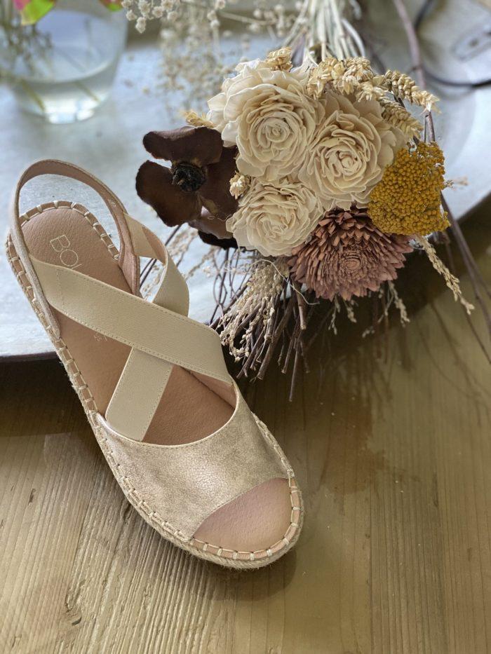 corkys metallic gols shoe flowers spring lexington