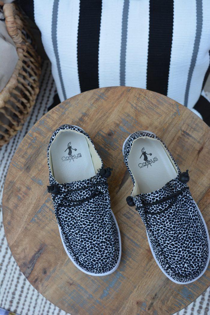 Corkys small leopard print kayak laceless elastic loop boat shoes