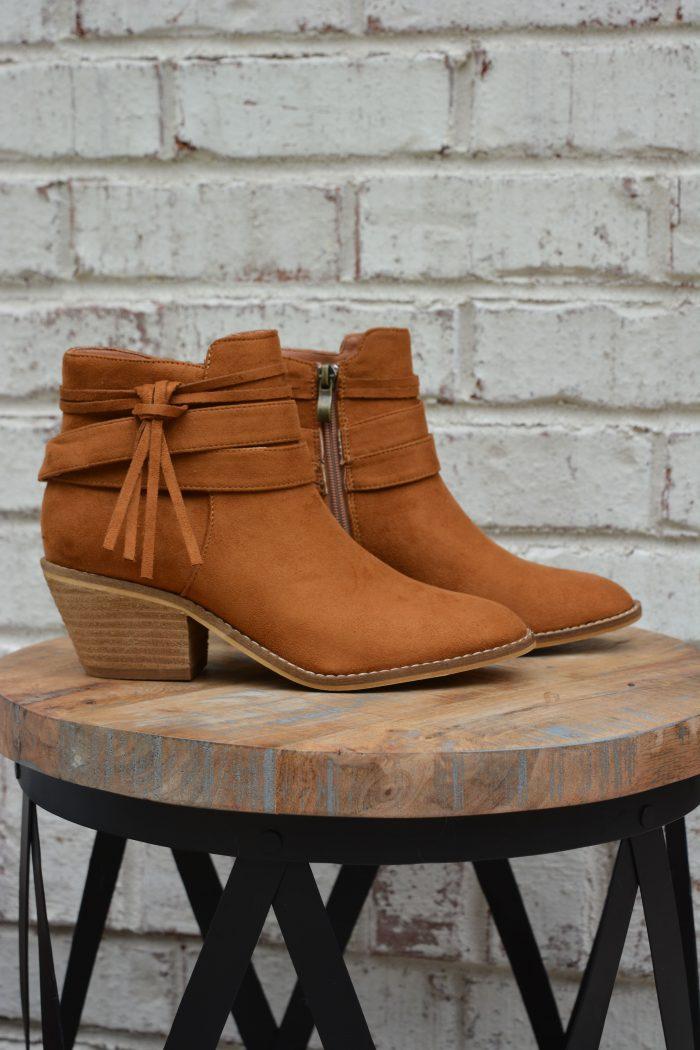 corkys top knot cognac boot